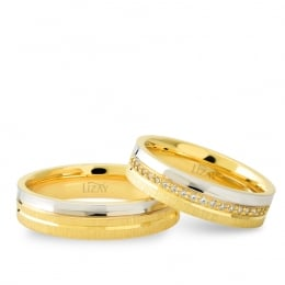 14K Gold Modern Wedding Band