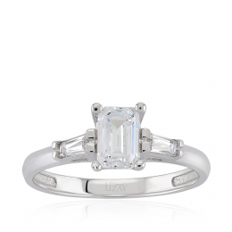 14K Gold Baguette Solitaire Ring