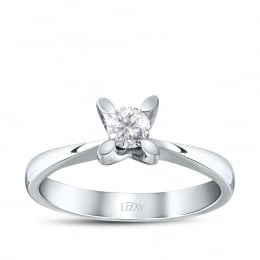 Solitaire Diamond Ring with 0.10 Carat